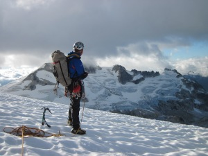 Simon takes in our first and only view of the Crosscut Ridge...
