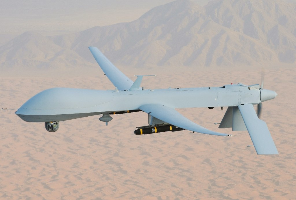 1024px-mq-1_predator,_armed_with_agm-114_hellfire_missiles
